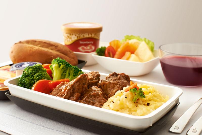 Premium economy singapore airlines ab euro nach for Cuisine 800 euros