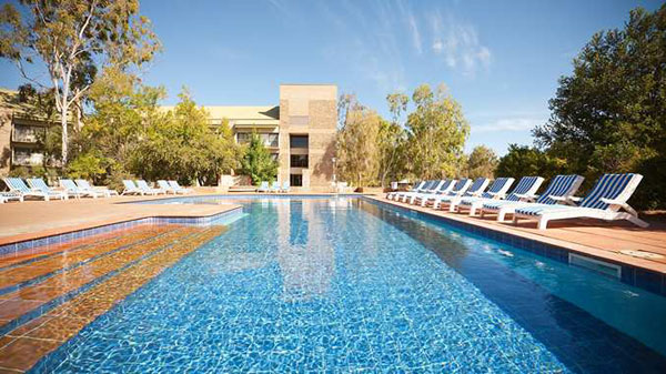 DoubleTree-AliceSprings-2-600