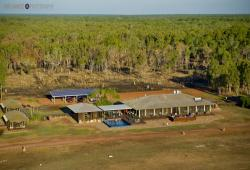 images/Unterkunft/Hotels/Wildman-Wilderness-Lodge/WWL-Lodge-Birdseye-View-800.jpg