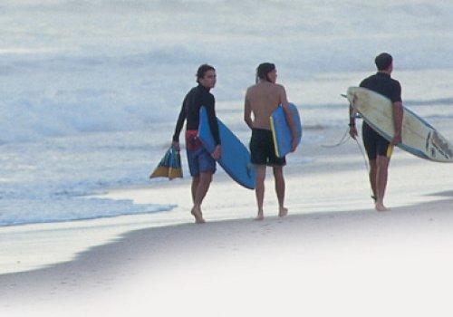 Vor Ort / Surf & Stay Kurse
