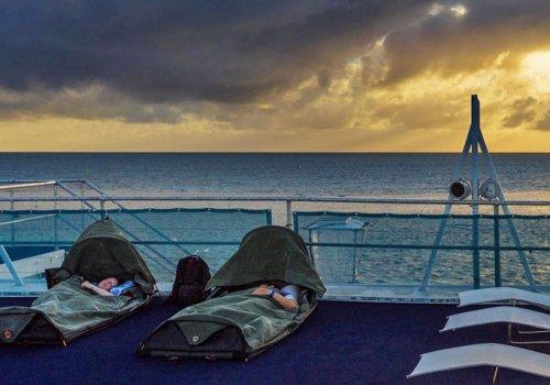 Im Schlafsack auf dem Riff (ab Airlie Beach)