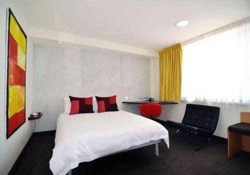 SYDNEY: Arts Hotel